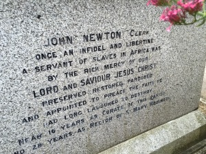 John Newton's tomb in the church graveyard in Olney, England.
